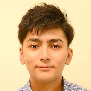自眉の太さ・形を生かしながら眉ラインを浮き上がらせる!|+8 Tokyo 銀座本店のヘアスタイル