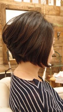 クラシックスタイルに毛先ワンカールをプラス|NIDOL for hairのヘアスタイル