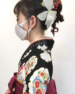 無造作にねじれてカワイイ NIDOL for hairのヘアスタイル