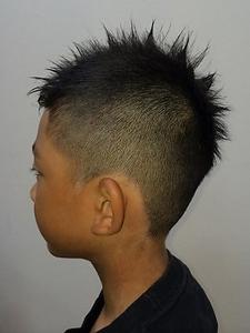 キッズ Luire HAIRのヘアスタイル
