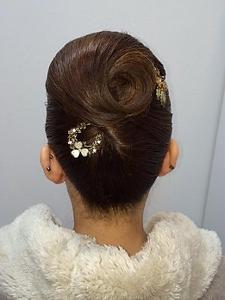 アップ1 Luire HAIRのヘアスタイル