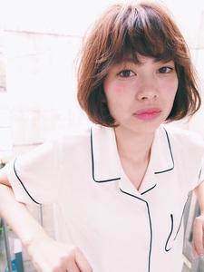 柔髪フェザーボブ|Trois epis 表参道 表参道店のヘアスタイル