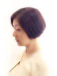 前下がりBOB|PIECEのヘアスタイル