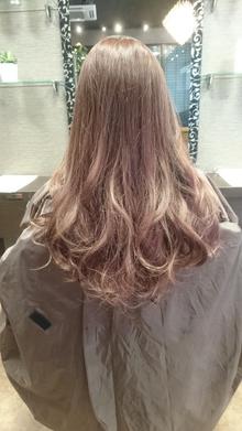 グラデーションカラー【pinkベージュ】|COVOのヘアスタイル