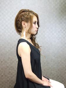 サイド流し☆編み込み☆ COVOのヘアスタイル