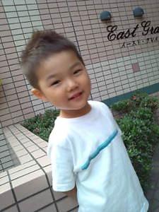 お子様カット|COVOのヘアスタイル