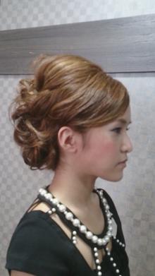 パーティセット☆外国人風 COVOのヘアスタイル