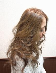 マッドベージュ×ルーズカール|Cierge 新丸子店のヘアスタイル