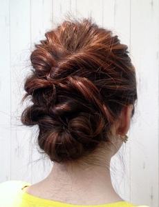 バックねじりアレンジ|Cierge 新丸子店のヘアスタイル