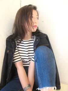 外国人風ダークアッシュミディ|dropのヘアスタイル