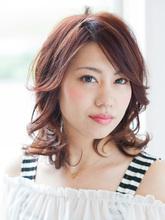 ちょいくびれAラインカールミディ|LUNETTES HAIRのヘアスタイル