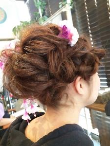ゆるふわ編み込み☆成人式スタイル|Ricca hairのヘアスタイル