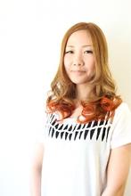少しエッジの効いたグラデーションカラースタイル☆ Reve aki☆ のヘアスタイル