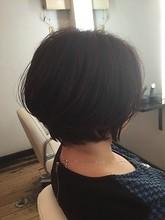 前下がりショートボブ|hair make Peaceのヘアスタイル