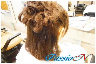 お呼ばれヘアスタイル☆ハーフアップ|美容室 PassioN 志村三丁目店のヘアスタイル