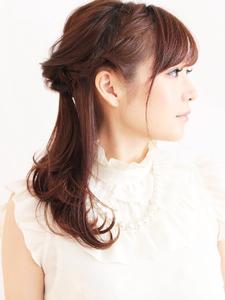 ハーフアップアレンジセット BEAUTIFUL DAYのヘアスタイル