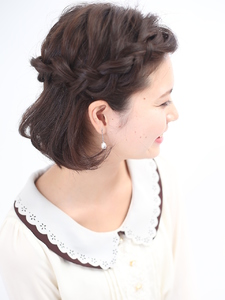 編み込みボブ BEAUTIFUL DAYのヘアスタイル