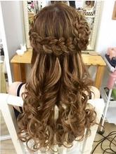 ラウンド編みこみハーフアップ|Hair&Make ZEN 横浜店のヘアスタイル