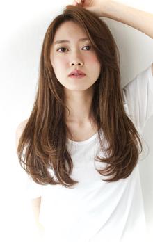 小顔長めバング☆シルキーロングストレートスタイル|The C by afloatのヘアスタイル