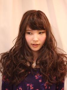 ふんわりロング Hair Frais Make Yokohamaのヘアスタイル