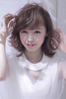 外ハネスタイルが可愛い☆やわふわベージュ|Hair Frais Make Machidaのヘアスタイル