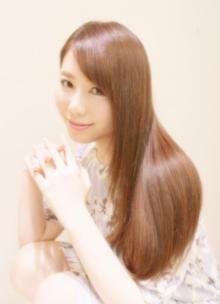 ナチュラルストレートで作るパールベージュストレート♪|Hair Frais Make Machidaのヘアスタイル