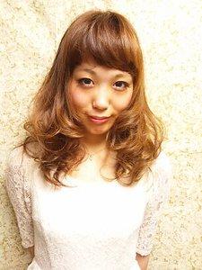 ニュアンスガーリーカール|Hair Frais Make Machidaのヘアスタイル
