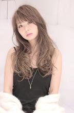 アクセス数人気No.8 グレージュカラーの大人かわいい|Hair Frais Make Machidaのヘアスタイル