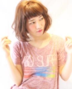 眉上バングの大人可愛いふわくしゅパーマ|Hair Frais Make Auraのヘアスタイル