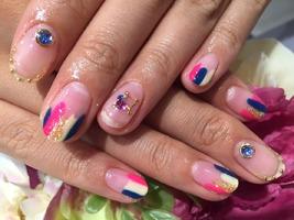 POP変形フレンチ|nail salon Jewelのネイル