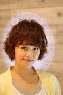 ピンクベージュでゆるふわボブ|Hair Design entier のヘアスタイル