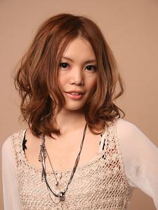 くせ毛風ルーズミディアム|hair design cheerfulのヘアスタイル