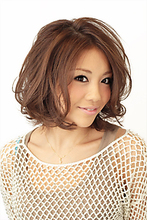 簡単ゆる巻きヘアー|Mimi Branche 竹本  真二のヘアスタイル
