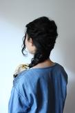 黒髪ウェーブ×編み込みダウンスタイル