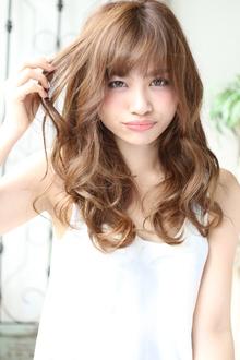 セミロング×束感カール Hair&make arsのヘアスタイル