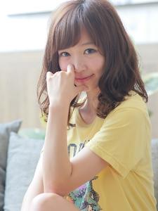 小顔が可愛い無造作ウェーブ☆大人ロブ|neutralのヘアスタイル