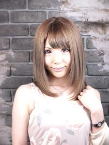 VOORDEUR〜パールアッシュ〜|VOORDEURのヘアスタイル