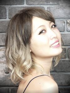 ASH〜プラチナカラー+グラデーション〜|Hair Labo ASHのヘアスタイル