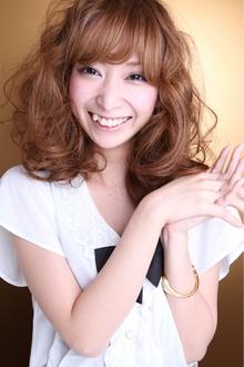 大人かわいい☆ふわふわクリクリ ラブカール|TAKE CARE OR RENATAのヘアスタイル