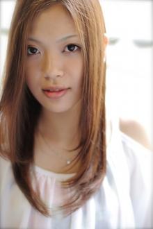上品な大人かわいい☆小顔の甘辛フェミニンセミロング|TAKE CARE OR RENATAのヘアスタイル