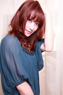 大人かわいいセミロング|TAKE CARE OR RENATAのヘアスタイル