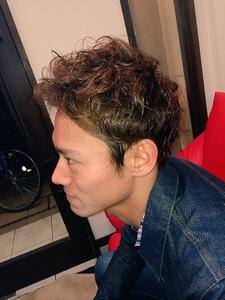 三代目アップバングベリーショート|Rhizome 新小岩店のヘアスタイル
