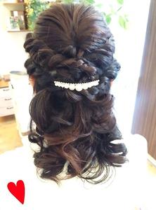 結婚式ハーフアップ|Hair Yielding BIKIのヘアスタイル