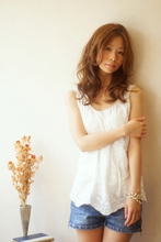 シフォンカール×メープルベージュ|TRON 美容室のヘアスタイル