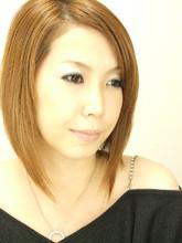 シャープでミステリアスかつ頼れるお姉さんスタイル|hair salon Regina 武田 律子のヘアスタイル