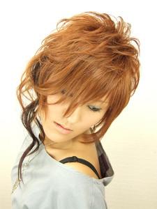 個性的でクールなアシンメレイヤーボブ|hair salon Reginaのヘアスタイル