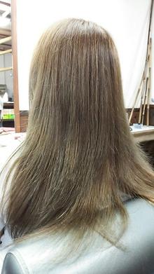 外国人風アッシュ|和み。KAMIBIYORIのヘアスタイル