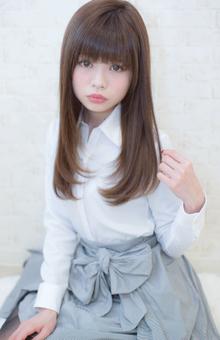 名古屋でストレートが一番上手いスタイリスト|LOUIMADNA 栄店のヘアスタイル