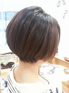 インレイヤーボブ|LIBRE+hpのヘアスタイル