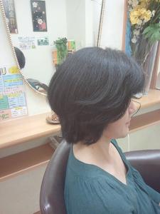 ミディアムショート 美容室オオタニのヘアスタイル
